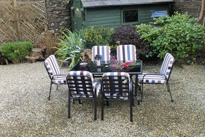 Picture of Culcita Lorient 6 Seater Padded Set